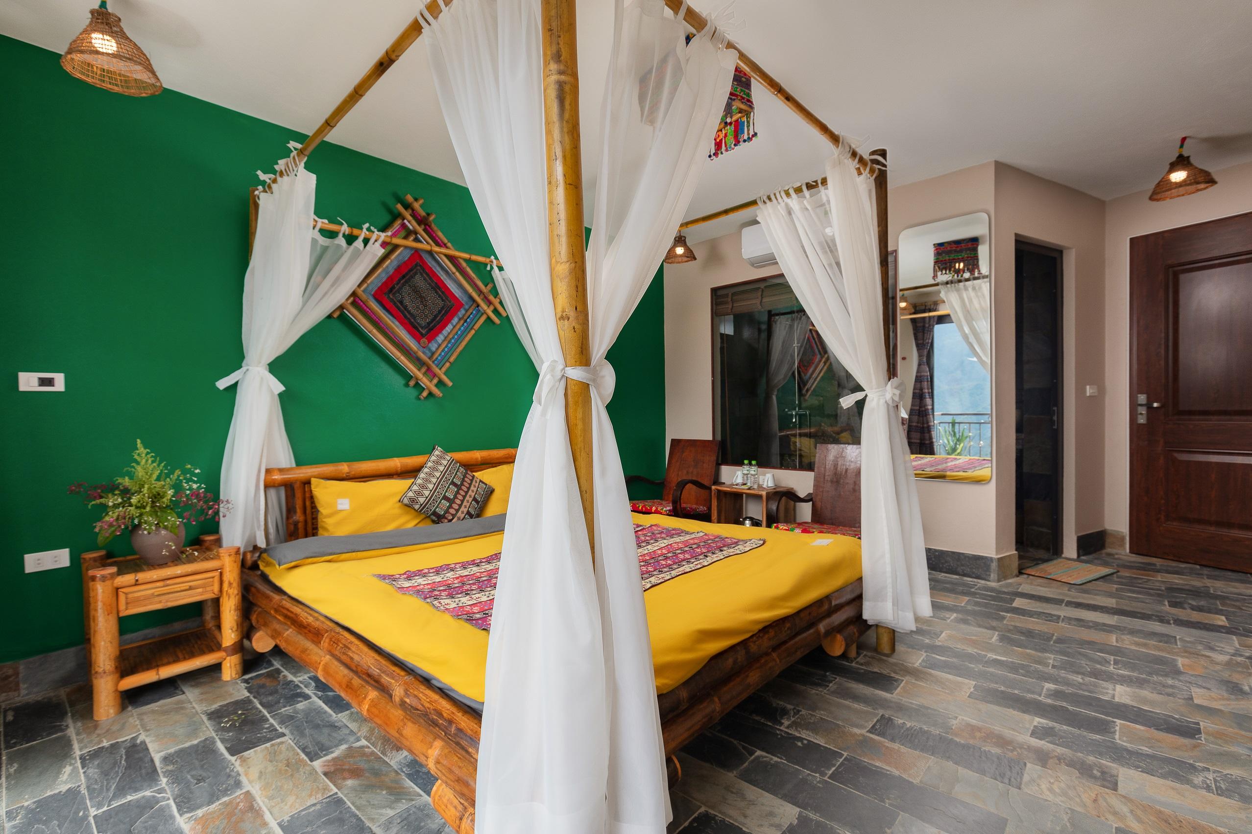 king-room-mega-vew-homestay (1)